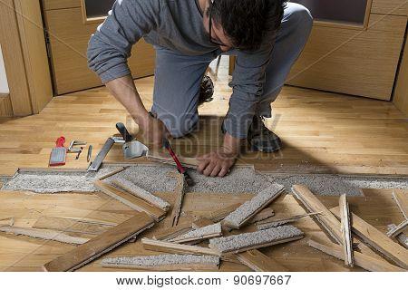Unfixing Wooden Floor