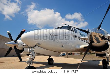 Front nose of a twin engine plane