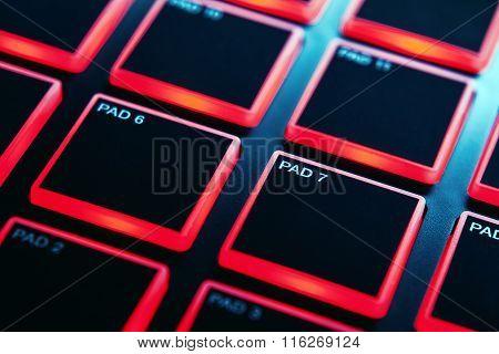 Midi Pads Of Modern Controller