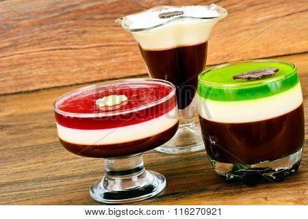 Jelly Chocolate, Pomegranate, Cherry, Kiwi, Milk