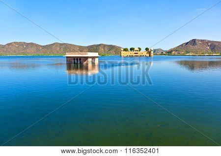 JAIPUR, INDIA - AUG 4, 2013: Water Palace (Jal Mahal) in Man Sagar Lake. Jaipur Rajasthan India. 18th Century. The palace Dzhal-Mahal.