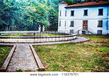 Park Of An Old Villa Built In Late 1800S