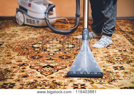 Cleaning Persian carpet