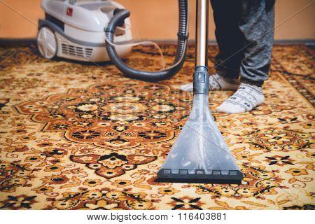 Cleaning Persian carpet