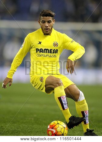 BARCELONA - JAN, 23: Jonathan dos Santos of Villareal CF during a Spanish League match against RCD Espanyol at the Estadi Cornella on January 23, 2016 in Barcelona, Spain