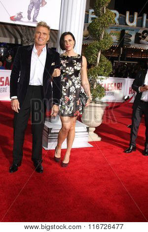 LOS ANGELES - FEB 1:  Dolph Lundgren at the Hail, Caesar World Premiere at the Village Theater on February 1, 2016 in Westwood, CA