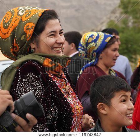 Kov-ata, Turkmenistan - October 18: Portrait Of Unidentified  Asian Woman In A Headscarf. Kov-ata, T