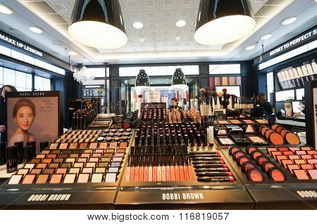 HONG KONG - JANUARY 26, 2016: Bobbi Brown cosmetics store at Elements Shopping Mall. Elements is a large shopping mall located on 1 Austin Road West, Tsim Sha Tsui, Kowloon, Hong Kong