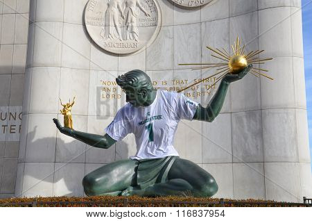 The Spirit Of Detroit In Detroit, Mi With Msu Shirt