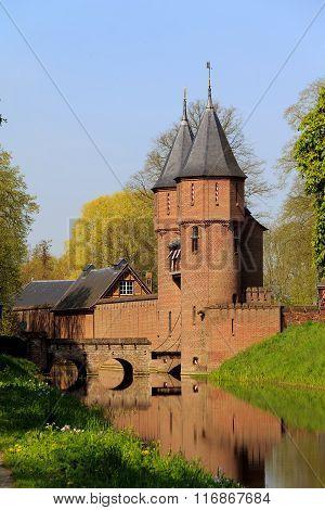 Gate Into Demense Of The Castle De Haar, Nethwerland