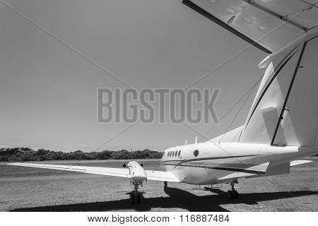 Plane Twin Engine Aircraft Vintage