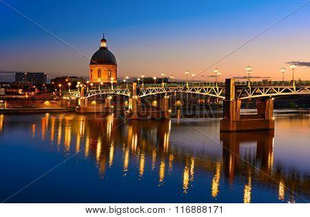 Blue hour at Toulouse bridge, France