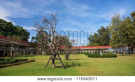 Marukhathaiyawan Palace And Garden In Cha-am