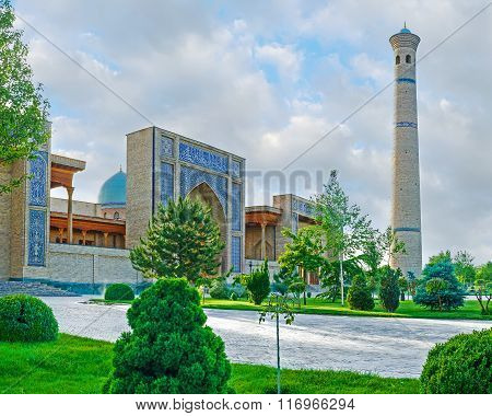 The Scenic Mosque