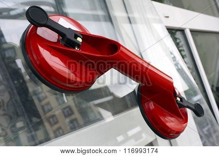 Sucker For Glass Transportation