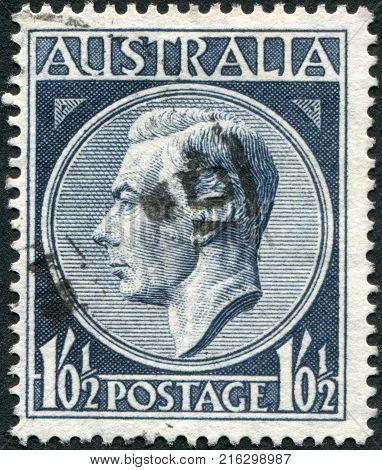 AUSTRALIA - CIRCA 1952: A stamp printed in Australia, depicts King George VI, circa 1952