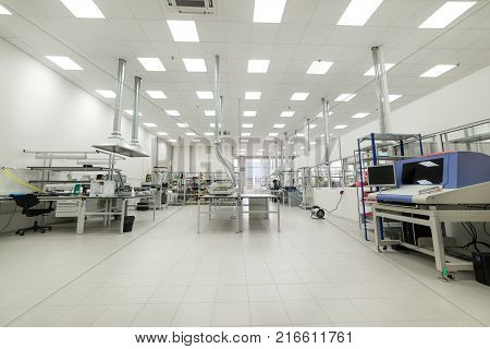 Electronic industry. Shop assembly and manufacturing of printed circuit boards.