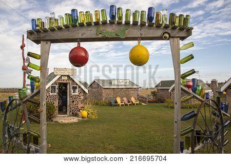 Hannahs Bottle Village, Pei, Canada