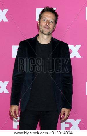 LOS ANGELES - AUG 6:  Dave Andron at the FX Networks Starwalk at Summer 2019 TCA at the Beverly Hilton Hotel on August 6, 2019 in Beverly Hills, CA