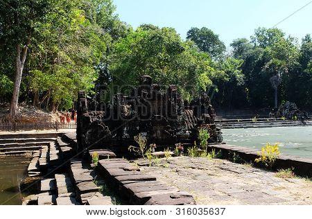A Small Sanctuary Near The Baray. Neak Pean.