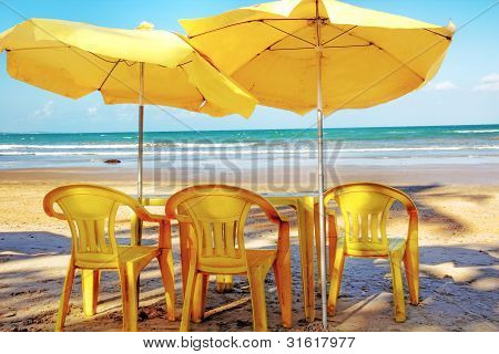 Hot Sommer Day, Relaxing At The Beach