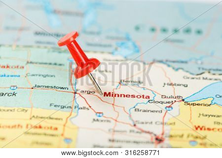 Red Clerical Needle On A Map Of Usa, Minnesota And The Capital Saint Paul. Close Up Map Of Minnesota