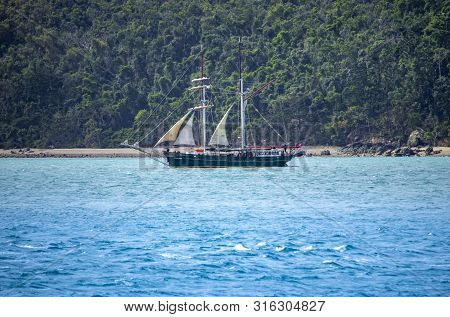 Whitsundays, Queensland - August 2, 2019: Solway Lass Is A Two-masted Schooner Built In The Netherla