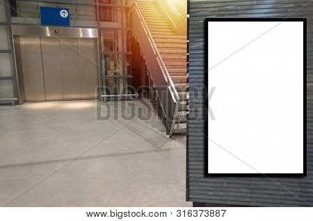 Vertical Blank Showcase Billboard Or Advertising Light Box For Your Text Message Or Media Content In