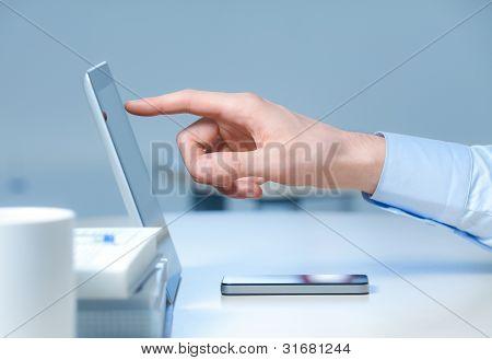 neue Technologien am Arbeitsplatz