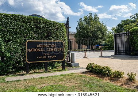 Arlington, Va - August 8, 2019: Welcome Sign At The Gate Of Arlington National Cemetary Located Just
