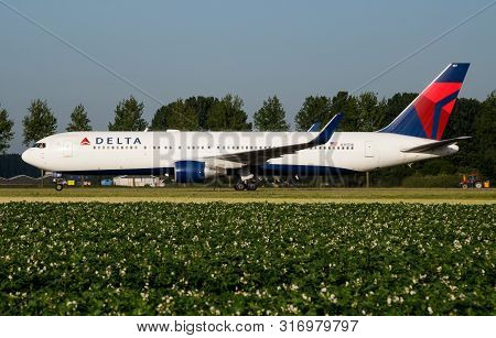 Amsterdam / Netherlands - July 3, 2017: Delta Airlines Boeing 767-300 N197dn Passenger Plane Taxiing