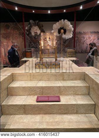 Exhibition Of Tutankhamun In Zurich During Pandemic Time. Replicas Of Golden Throne Of Tutanchamun.