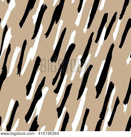 Abstract Modern Giraffe Seamless Pattern. Animals Trendy Background. Beige And Black Decorative Vect