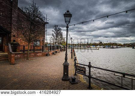 Burton Under Needwood England March 28 2021, A Visit On A Small Walk By The Lake In Barton Marina, E