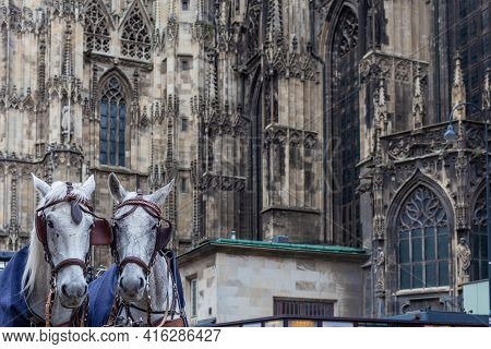 Wien - April 3, 2021: Horse-drawn Carriages For Tourists Next To The Cathedral