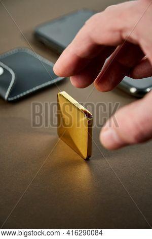 Pocket Size Kinetic Skill Toy. Flipo Flip Kinetic Toy