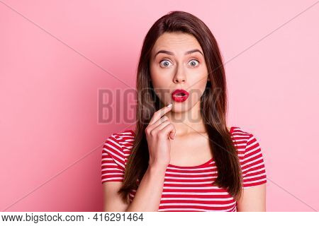 Portrait Of Shocked Charming Young Woman Hold Finger Chin Unexpected News Stand Copyspace Isolated O