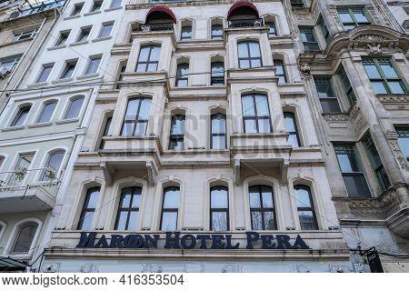 Taksim, Istanbul, Turkey - 03.12.2021: Building Of Istanbul Maroon Hotel Pera In Beyoglu District Fo