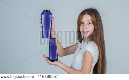 Look Over Here. Child Use Shampoo In Bottle. Hair Conditioner. Beauty. Wash And Rinse. Happy Teen Gi