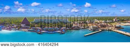 Port In Puerta Maya - Coastline With Blue Caribbean Water At Cozumel At Mexico