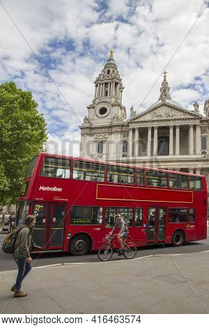 London, Uk - May 20, 2017. Red London Routemaster Bus In Front Of St Pauls Cathedral, London, Englan