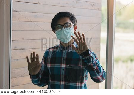 Freelance Man Detain From Society Wear Protective Masks And Unemployment At Home Concept Of Economic