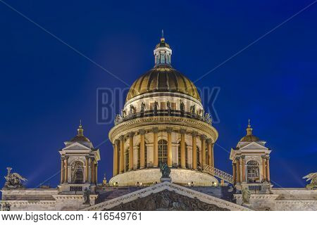 Saint Isaac Cathedral - Saint-Petersburg Russia