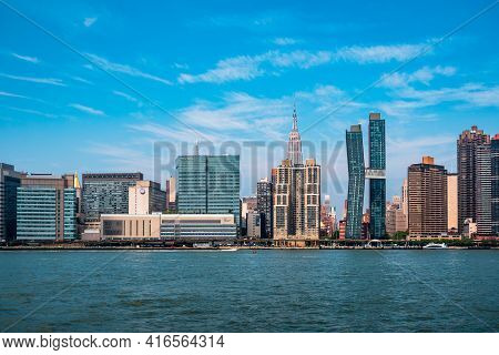 New York City, Usa - June 24, 2018: Skyline Of Midtown Of Manhattan From East River A Sunny Day Of S