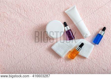 Serum Oil Moisturizing Cream Mask Cotton Pads Skin Care Cosmetics For Home Or Salon Beautician Care.
