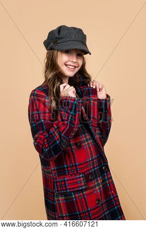 Teen Girl With Long Curly Hair Wear Trendy Hat And Checkered Jacket, Parisian Style