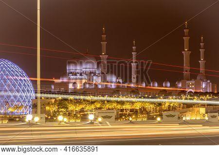 Grand Mosque In Abu Dhabi, Beautiful Sheikh Zayed Grand Masjid Dubai, Ramadan Mubarak 2021 - United