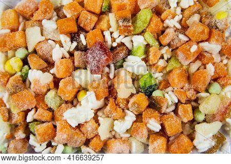 Hawaiian Vegetable Mixture Quick-frozen Consisting Of Rice, Corn, Bell Pepper, Green Peas, Useful Pr