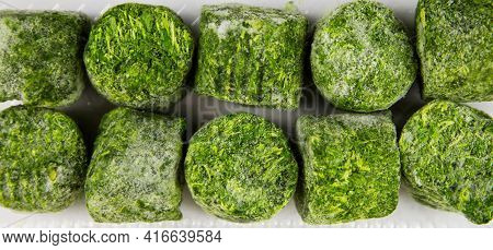 Spinach Quick-frozen Green Color, Useful Products Vitamins