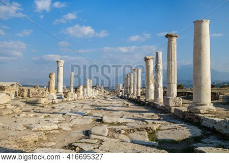 Empty Colonnaded Street (ancient Name Was Syria Street) In Antique City Laodicea, Near Denizli, Turk